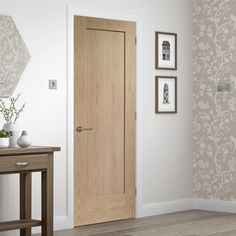 Bespoke Pattern 10 Oak 1 Panel Door - Prefinished. #internalbespokedoor #flushdoor #moderndoor