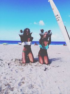 Image via We Heart It https://weheartit.com/entry/158800122/via/18156198 #beach #bestfriends #chic #friends #girl #girls #model #ocean #photography #pretty #sand #sea #sky #summer #sun #surf #surfers #tanned #teens #travel #tropical #vacation #waves