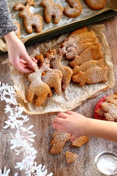 Helga-mummon pehmeät piparit - Suklaapossu Nordic Christmas, Christmas Time, Xmas, Yule Traditions, Christmas Treats, Gingerbread Cookies, Food Inspiration, Cake Recipes, Food And Drink