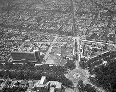 Una toma aérea de 1949 donde se aprecia en la parte inferior la fuente de la Diana Cazadora en su sitio original, la antigua glorieta del Paseo de la Reforma, Río Ródano y Lieja.  Al fondo se ve el terreno donde estuvo el Toreo de la Condesa, que más tarde sería ocupado por el Palacio de Hierro de Durango.
