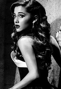 Ariana's retro old Hollywood curls