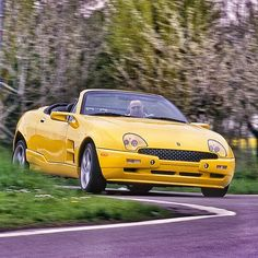 Remember this? The Qvale Mangusta from Powered by a Ford SVT Mustang Cobra from in seconds. Ford Svt, Mustang Cobra, Car And Driver, Fast Cars, Cars Motorcycles, Dream Cars, Classic Cars, Classy, Retro