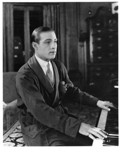 Facts About Rudolph Valentino | Rudolph Valentino Collectibles: Rare Photos from Beyond the Rocks