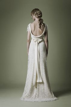 if I could get married again, this is what i would be wearing :)