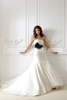 Junoesque+Trumpet/Mermaid+Sweetheart+Floor-Length+Chapel+Ruffles+Wedding+Dress