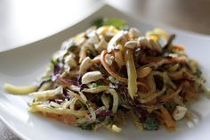 Two weeks with a vegan living at my apartment was filled with great food: Vegan Recipe Raw Pad Thai from My New Roots