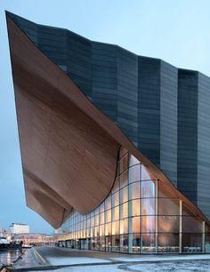 Centro de artes escénicas Kilden: Un ensayo / Una expresión  El teatro Kilden…