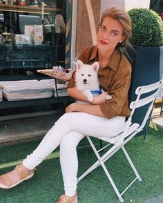 casual day with luna🐾and our friend @elmonova ❤️ - Eleonora (@eleonora_mararo)
