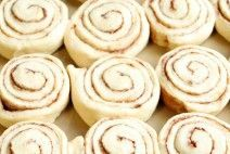 Lunch Lady Cafeteria Rolls {Step by Step Pictures and Instructions....NO MIXER NEEDED} Tried and True Roll Recipe that tastes just like the one the lunch ladies made in the school cafeteria.