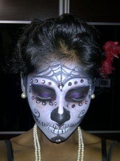 Google Image Result for http://www.eyeshadowlipstick.com/wp-content/uploads/2011/11/Sugar-Skull-makeup.jpg