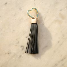 Unique handmade jewelery made of gemstones, pearls, crystal, leather, silver and gold etc. BohoBellaMar is based in Luxembourg and Marbella. Leather Tassel, Grey Leather, Handmade Bracelets, Key Rings, Dark Grey, Tassels, Jewelery, Gemstones, Pearls