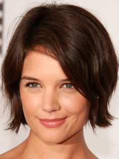 Katie Holmes long side bangs: http://beautyeditor.ca/2014/06/06/best-bangs-for-square-face/