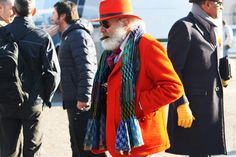 2012 Pitti Uomo Street Style - Day Pitti Uomo continues to be one of the last places on Earth where all walks of the menswear style Over 50 Womens Fashion, Boy Fashion, Pitta, Style And Grace, Fashion Addict, Canada Goose Jackets, Winter Jackets, Menswear, Street Style