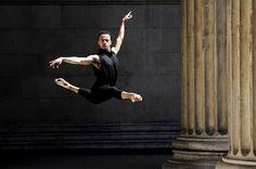 """The body says what words cannot."" -Martha Graham Royal Ballet (@royaloperahouse) Solomon Golding (@solomongolding) for #camerasanddancers"