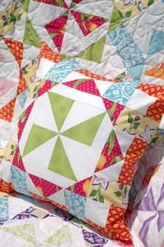 Free quilting pattern: Virginia Reel Pillow
