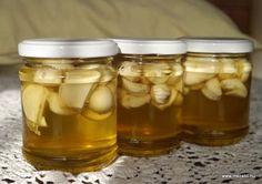 Mézes fokhagyma: kipróbáltam, szívből ajánlom! Pickles, Cucumber, Healthy Life, Mason Jars, Food, Healthy Living, Essen, Mason Jar, Meals