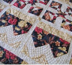Thread Talk, a series of articles by Wendy Sheppard (Ivory Spring) with excellent tips for free-motion quilting.