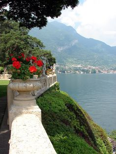 Geraniums in urns, Villa Balbianello, Lake Como. Places To Travel, Places To See, Comer See, Lake Como Italy, Red Geraniums, Italian Lakes, Italian Villa, Lake Garda, Northern Italy