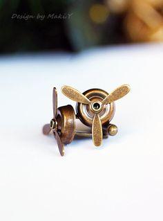 Airplane PROPELLER Cuff Links-AviatorAntique Brass by MakiYDesign