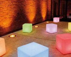 collection of #LED #cubes in the #outdoor version. sammlung von #LED #würfeln in der version für draußen.|| collection de #LED #cubes dans la version pour l'extérieur. #moree