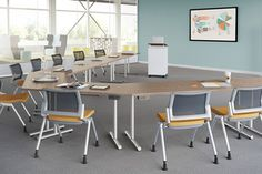 FirstOffice_Applause_tables_01