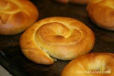 Ensaimadas recien hechas Margarita, Doughnut, Bread, Desserts, Food, Cake Recipes, Buns, Breakfast, Deserts