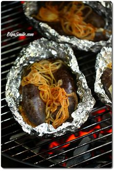 How to cook blood sausage on the grill Dinner Side Dishes, Dinner Sides, Breakfast Lunch Dinner, Breakfast Recipes, Grill Party, Soup Crocks, Appetizer Salads, Polish Recipes, Polish Food