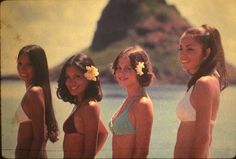 Nostalgia in photographs Beach Aesthetic, Summer Aesthetic, Summer Girls, Summer Dream, Summer Of Love, Hawaii Hula, Malibu Barbie, Hawaiian Tropic, Hawaii Life
