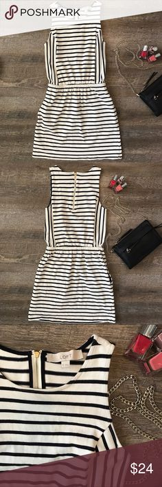 Striped Loft Dress size XS Super cute stripped Loft dress with pockets! 100% cotton. Size XS. In excellent condition! See images for measurements. LOFT Dresses