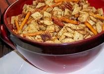 Gluten Free Chex-Style Snack MixRecipe. I must have this in my mouth right about now.