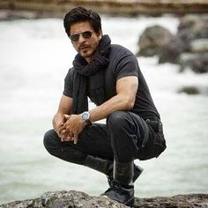 My heart in human form. Shah Rukh Khan Quotes, Shah Rukh Khan Movies, Richest Actors, Srk Movies, Disha Patni, Man Photography, Wedding Photography, Sr K, First Love