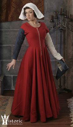 Package, Ladies, 15th C. gown