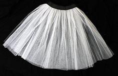 LADIES LONG NET PETTICOAT SKIRT FANCY DRESS ACCESSORY 26 INCH LENGTH UNDERSKIRT 50'S ROCK AND ROLL MESH UNDER SKIRT PETICOAT (WHITE) ILOVEFANCYDRESS http://www.amazon.co.uk/dp/B00N7I8OD2/ref=cm_sw_r_pi_dp_qNAKub12YS9K4