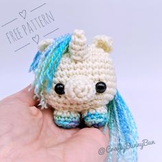Mesmerizing Crochet an Amigurumi Rabbit Ideas. Lovely Crochet an Amigurumi Rabbit Ideas. Crochet Unicorn Pattern Free, Crochet Amigurumi Free Patterns, Crochet Animal Patterns, Easy Crochet Animals, Knitting Patterns, Chat Crochet, Crochet Mignon, Free Crochet, Amigurumi Animals