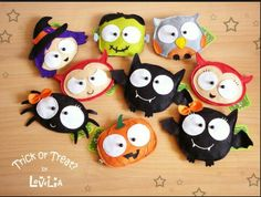 Lovelia: New Halloween Collection! Trick or Treat? Dulceros Halloween, Moldes Halloween, Halloween Sewing, Manualidades Halloween, Adornos Halloween, Holidays Halloween, Halloween Decorations, Halloween Clothes, Felt Decorations