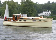 Boat For Sale - Wooden Powles Broads Cruiser 34ft - Perfect Liveaboard