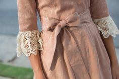 Old-fashioned elbow lace :)