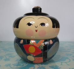 Vintage-1950s-Japanese-Lacquer-Wood-handturned-Lidded-Nested-Kokeshi-Doll-Bowl