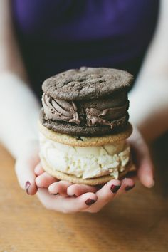 Mexican Hot Chocolate & Brown Sugar Sour Cream ice cream sandwiches // Imagine having these on a hot summer day : )