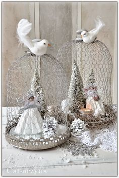 Divine And Beautiful Angel Christmas Decoration Ideas - Christmas Celebration - All about Christmas Pink Christmas, Christmas Angels, Rustic Christmas, Beautiful Christmas, All Things Christmas, Vintage Christmas, Christmas Holidays, Crochet Christmas, Christmas Bells