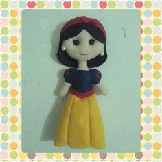 Branca de Neve. Primeira #boneca #feltro #princesadisney
