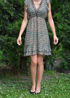 Kup mój przedmiot na #vintedpl http://www.vinted.pl/damska-odziez/krotkie-sukienki/9823420-kobieca-sukienka-floral-rozmiar-s