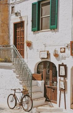 Outdoor Rustic Decor Ideas With all different prices and types of furniture along with newer optio Places To Travel, Places To Go, Rustic Outdoor Decor, Types Of Furniture, Northern Italy, Travel Aesthetic, Rustic Style, Outdoor Spaces, Beautiful Places