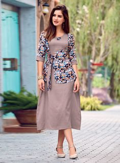Color Block Half Sleeve Midi X-line Dress Kurta Designs Women, Kurti Neck Designs, Dress Neck Designs, Kurti Designs Party Wear, Blouse Designs, Designer Kurtis, Designer Dresses, Stylish Dresses, Simple Dresses