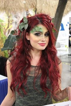 Lady Red and Half Green Bob Wig for Cosplay Christmas Party Hair Costume HW-2700