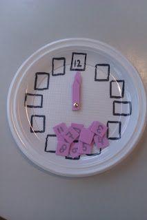 Rekenspellen: Klok kijken Creative Activities For Kids, Toddler Activities, Class Of 2019, Math Numbers, Letter T, Wolf, Hand Art, Math Classroom, Teaching Math