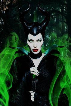 Watch Maleficent, Angelina Jolie Maleficent, Maleficent Movie, Malificent, Maleficent Quotes, Maleficent Makeup, Disney Pixar, Arte Disney, Disney Villains