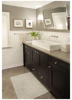 Grey Bathrooms, Beautiful Bathrooms, Master Bathrooms, Tiled Bathrooms, Bathroom Modern, Modern Wall, Grey Wall Color, Color Walls, Home Design