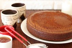 Honey cake, A winning recipe for a wonderful cake. It's super moist and tastes like a real old-fashioned honey cake. Meat Recipes, Cake Recipes, Chicken Recipes, Cooking Recipes, Recipies, Cake Icing, Fondant Cakes, Latte, Cake Preparation