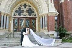 Dallas wedding photographer, cathedral length wedding veil, white wedding bouquet, black groom tux, church wedding ceremony venue, bride and groom wedding pictures, Dallas Petroleum Club Wedding » Mary Fields Photography